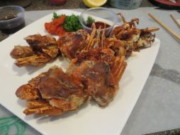 soft shell crab looks so cool!