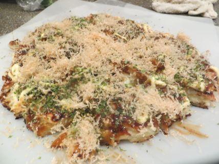okonomiyaki (Japanese savory pancakes)